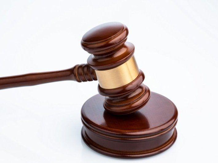 Суд виправдав близнюків, бо не зміг їх розрізнити