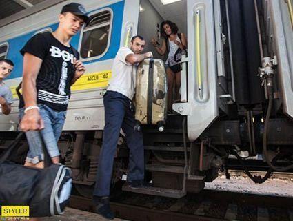 Зміни: в поїзди впускатимуть пасажирів, але не всіх