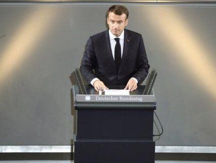 У Макрона підтвердили зустрічі з кандидатами у президенти – Порошенком і Зеленським