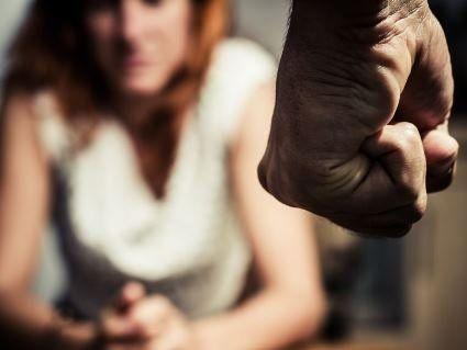 На Полтавщині затримано італійця за сексуальне насильство та домашнє розбещення
