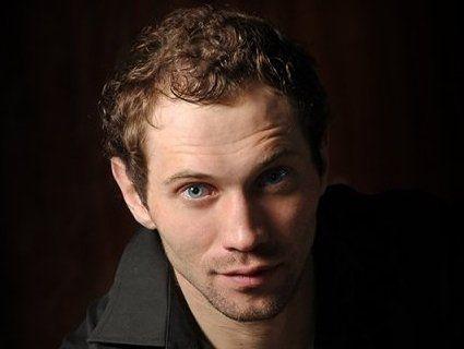 Поляк вдарив актора за українську мову
