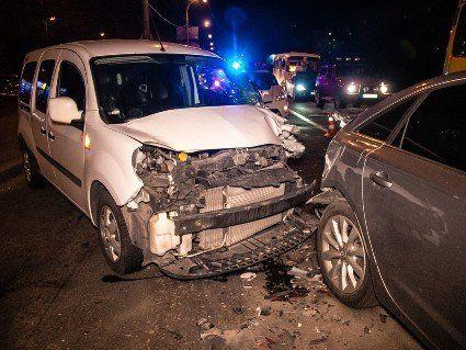 В Києві в результаті ДТП водій втратив пам'ять (фото, відео)