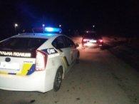 Стріляли по колесах: на Рівненщині затримали водія-хулігана