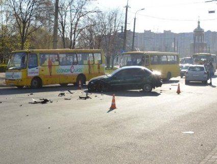 Потрійна ДТП у Луцьку: п'яний водій і постраждалий однорічний малюк (фото)