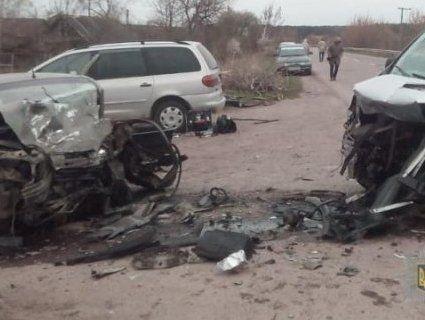 ДТП на Волині: загиблий і п'ятеро постраждалих (фото)