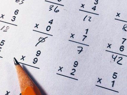 Українські школярки стали найрозумнішими математиками у світі