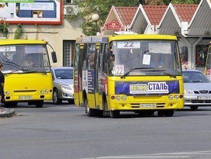 Вартість проїзду в луцьких маршрутках увечері хочуть підняти до 7 гривень
