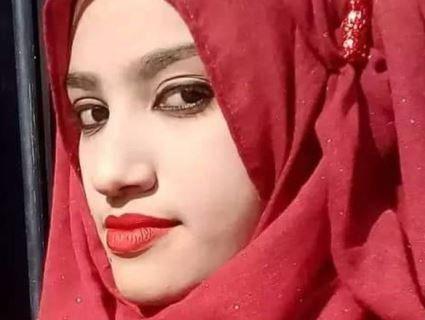 В Бангладеші ученицю спалили на даху школи після скарги на домагання директора