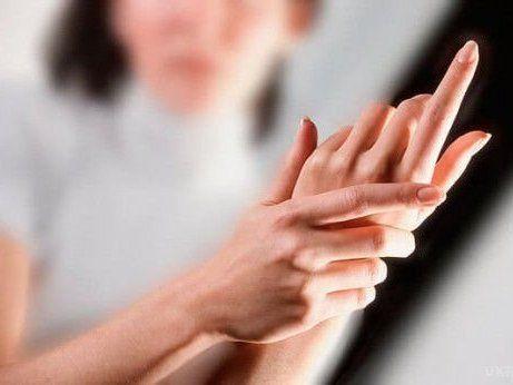 Що робити, коли вночі німіють руки