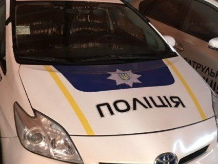 Помер в багажнику поліцейського авто: деталі трагедії