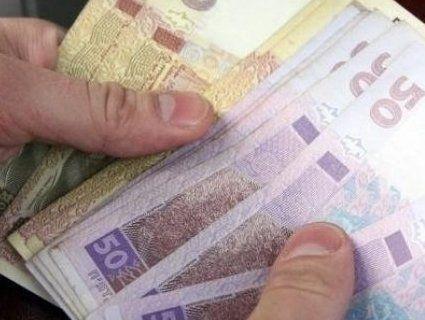 Від 530 до 3850 гривень: хто з українців отримає матеріальну допомогу