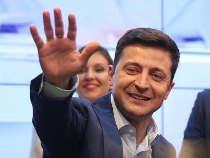 Зеленський залишив Україну – зрання махнув у Туреччину (фото)
