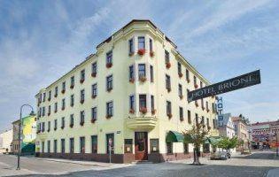 Українці підняли у топ готель у Чехії, куди принципово не селять росіян