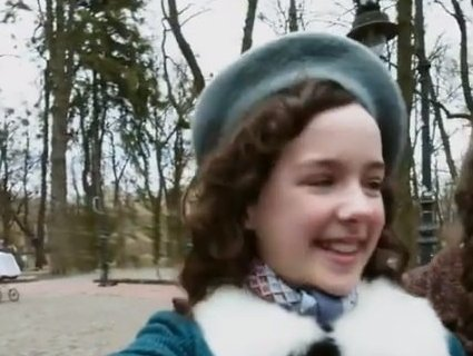 В Instagram з'явився аккаунт дівчинки, яка загинула під час Голокосту