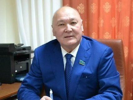 Не знає мови: у Казахстані ЦВК не допустила до виборів кандидата у президенти