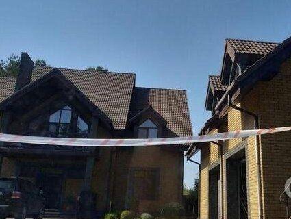 На Київщині невідомі пограбували будинок нардепа