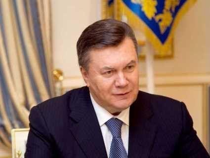 Янукович судитиметься зі своїм  державним адвокатом