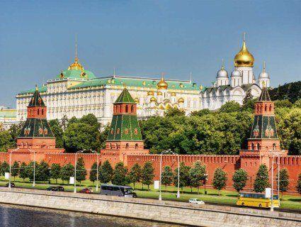 Кремль планує спростити отримання дозволу на проживання українців в Росії