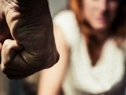 На Рівненщині чоловік кулаком забив жінку до смерті