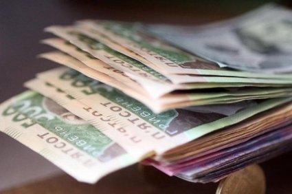 «Зубожіння»: зарплати в Україні досягли довоєнного рівня (інфографіка)