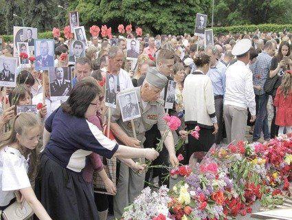 Близько 700 тисяч осіб взяли участь в акціях до 9 травня в Україні