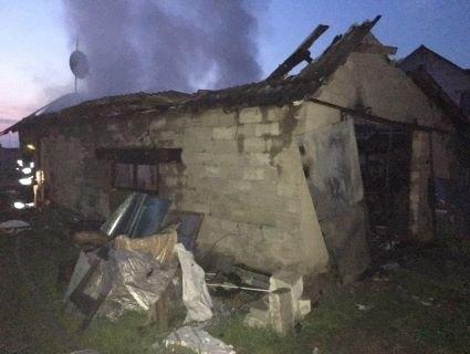 На Рівненщині в гаражі знайшли два тіла (фото)