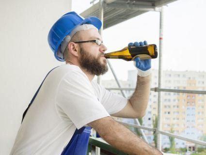 Українців на робочому місці перевірятимуть на алкоголь і наркотики