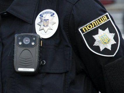 На Сумщині поліцейського облили кислотою
