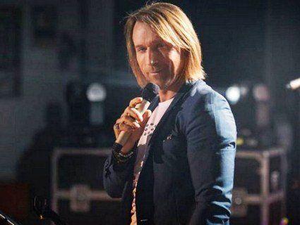 Олег Винник дав грандіозний концерт у рідному селі (фото)