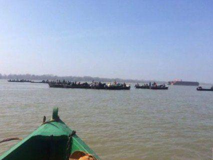 На Одещині рибалки перекрили Дунай (відео)