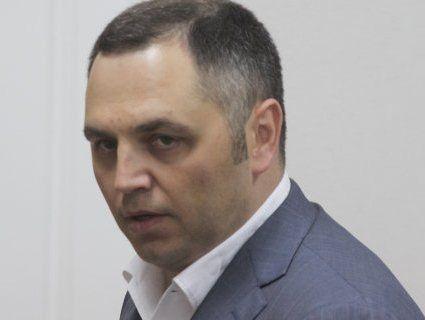 «Ручний юрист» Януковича звинуватив Порошенка у державній зраді