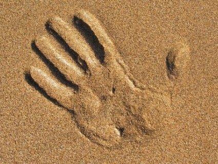На Рівненщині підліток загинув під товщею піску