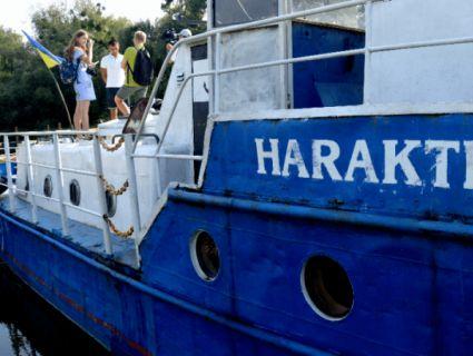 «Паті на яхті»: на човні Луцького річкового порту дозволяють святкування