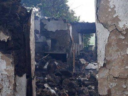 На Донеччині російські окупанти обстріляли житлові будинки (фото)