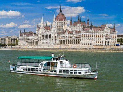 Теплохід, який затонув із туристами в Будапешті, будували в Херсоні