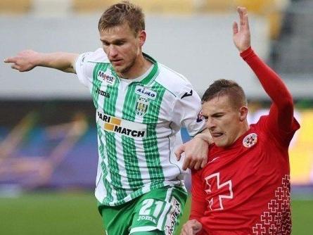 Битва за Прем'єр-лігу: «Волинь» зіграла перший матч із «Карпатами»