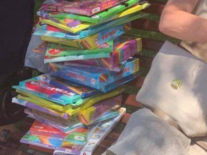 «Позорисько»!»: в Одесі влаштували побоїще через безкоштовні іграшки