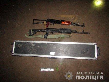 Озброєні автоматами мажори на всюдиході жорстоко побили юнака (фото, відео)