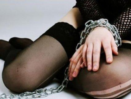 На Хмельниччині мати намагалася «здати в бордель» 15-річну доньку