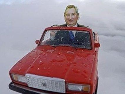 Росіяни відправили в космос кабріолет ВАЗ (фото)