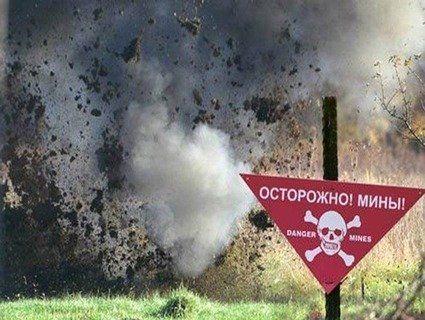 Українські військові на здобутих ворожих укріпленнях виявили російські консерви та міни