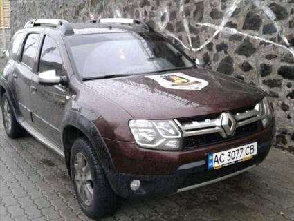 Скандал: головна муніципалка Луцька зганяла на Світязь на службовому авто (фото, відео)