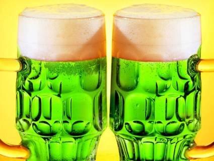 У Львові «потролили» Зеленського пивом (фото)