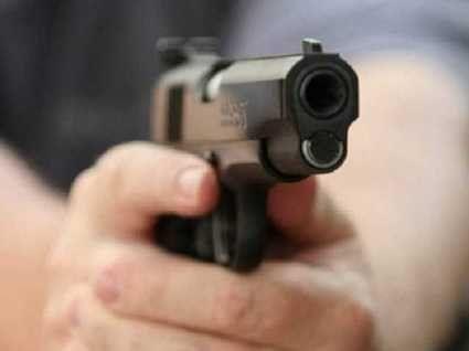 На Вінничині чоловік стріляв по підлітках через крадіжку риби (відео)