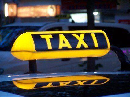 «Пошукайте іншу машину»: таксист висадив знахабнілу сепаратистку