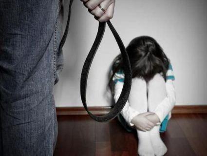 Померла від побоїв: на Харківщині до смерті 3-річної дитини причетні поліцейські