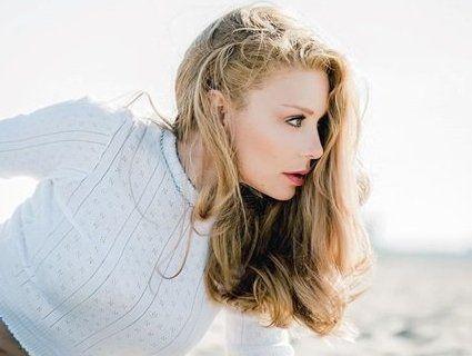 Сексуальна Тіна Кароль: фото з пляжу