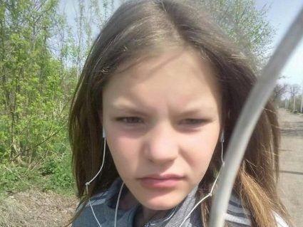 «Погуляє, та й прийде»: матір вбитої та зґвалтованої 13-річної Інни Дубік не шукала доньку