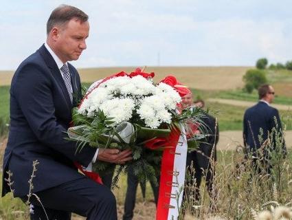 Польща наполягає на ексгумації жертв Волинської трагедії