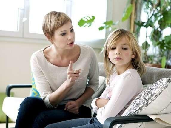 Шок для батьків: у Франції заборонили сварити дітей